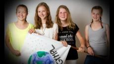 Jana Hudecová, Alexandra Škopová, Karolína Šimková, Klaudie Honlová, 2.A – účast v celostátním kole GLOBE Games